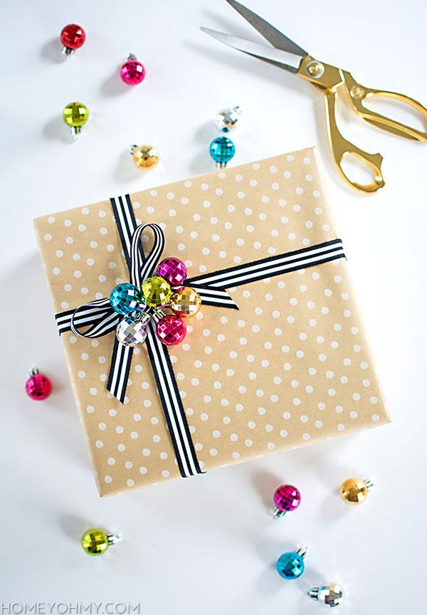 Ornament Cluster Gift Topper