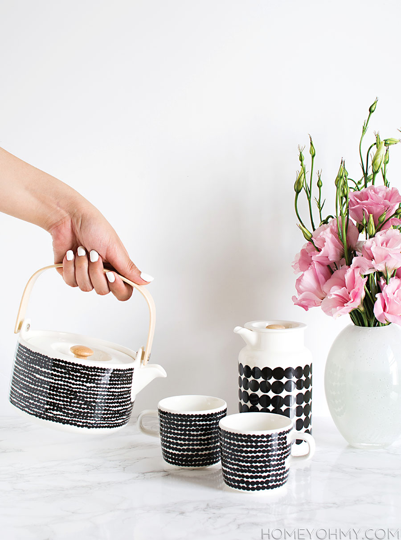 Marimekko Rasymatto Tea Set