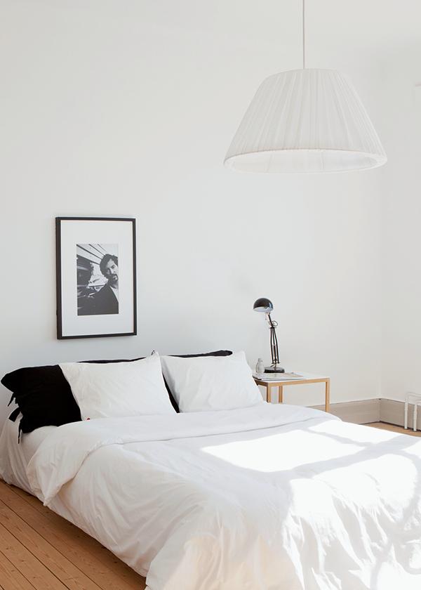 minimal black and white bedroom