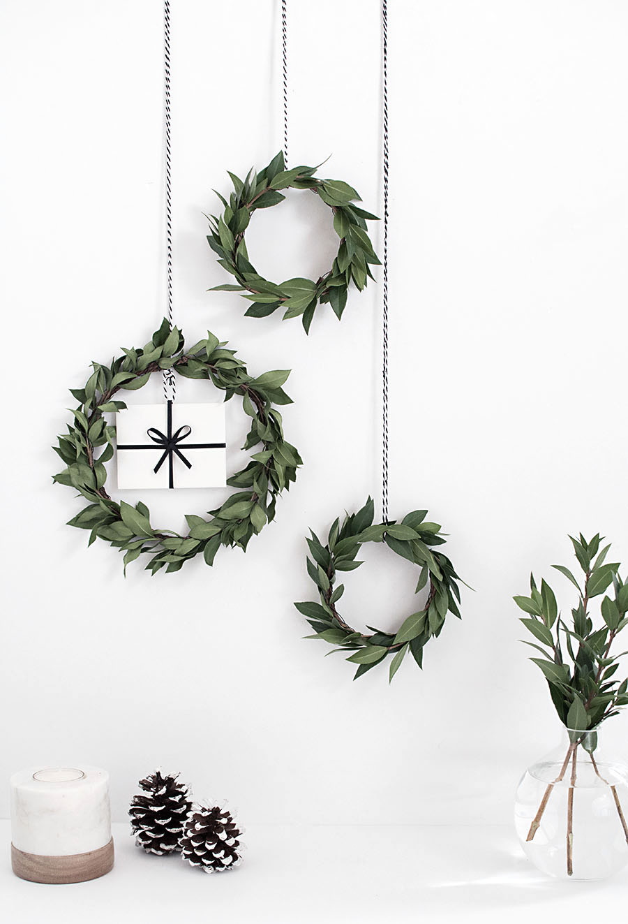 DIY gift card mini wreath - Homey Oh My!