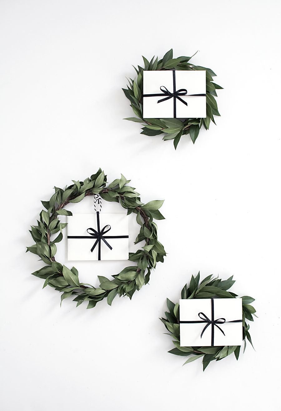 DIY gift card mini wreaths