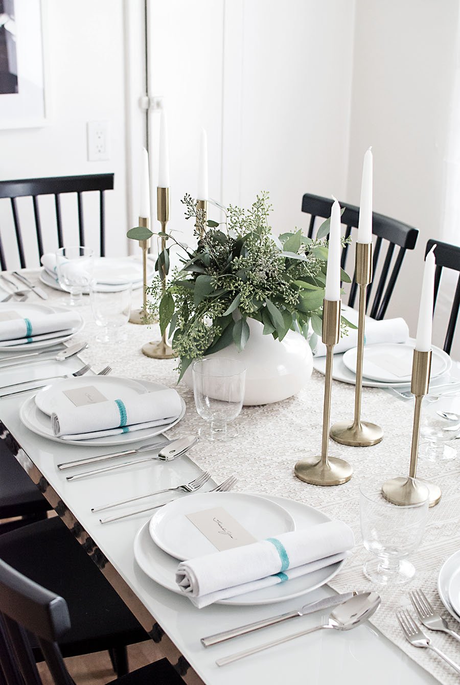 Simple and neutral Thanksgiving table - Homey Oh My!
