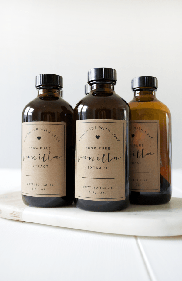 homemade vanilla extract with printables