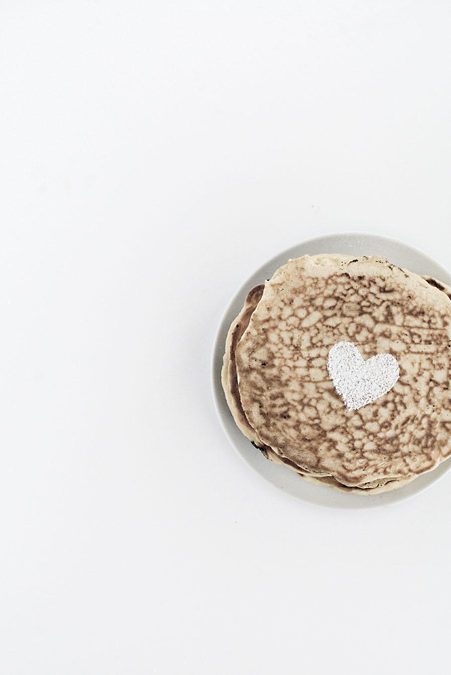 powdered sugar heart
