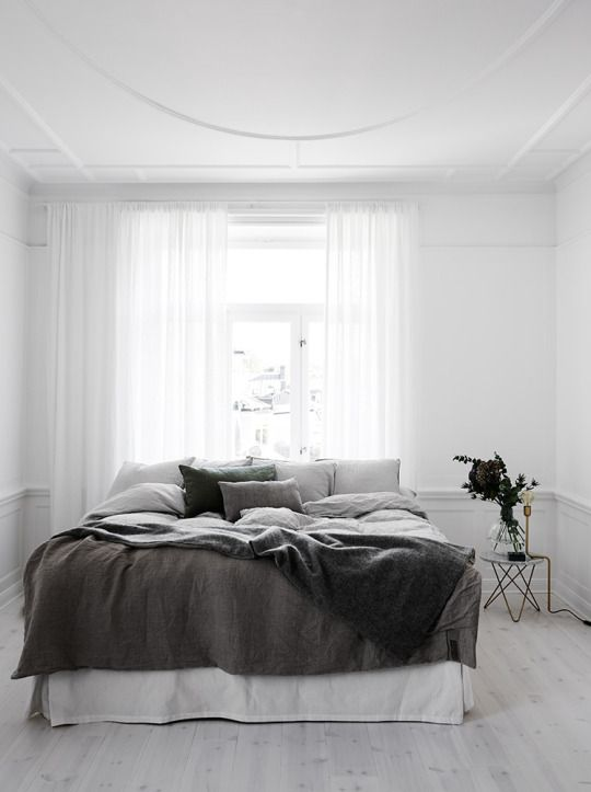 minimal neutral bedroom
