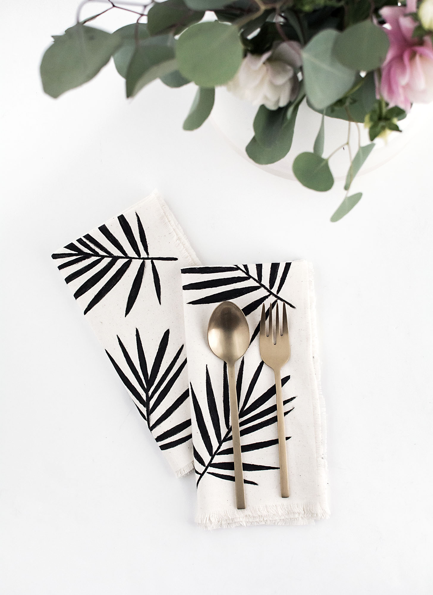 Palm Leaf Napkins- DIY