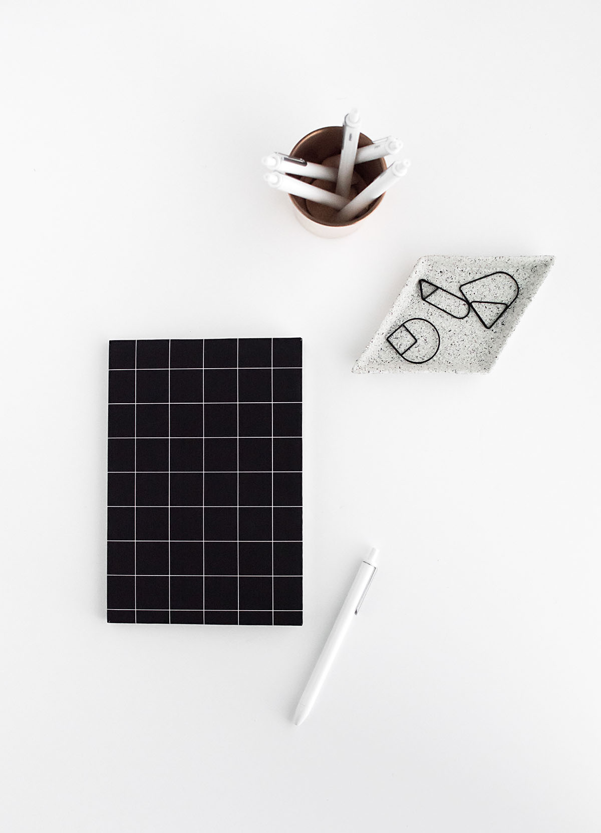 DIY black grid notebook cover- free printable