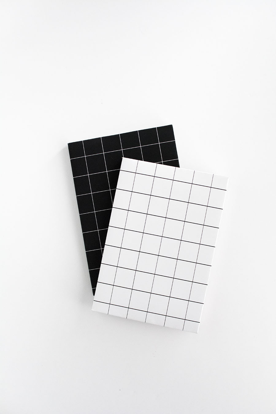 Grid notebooks DIY- free printables