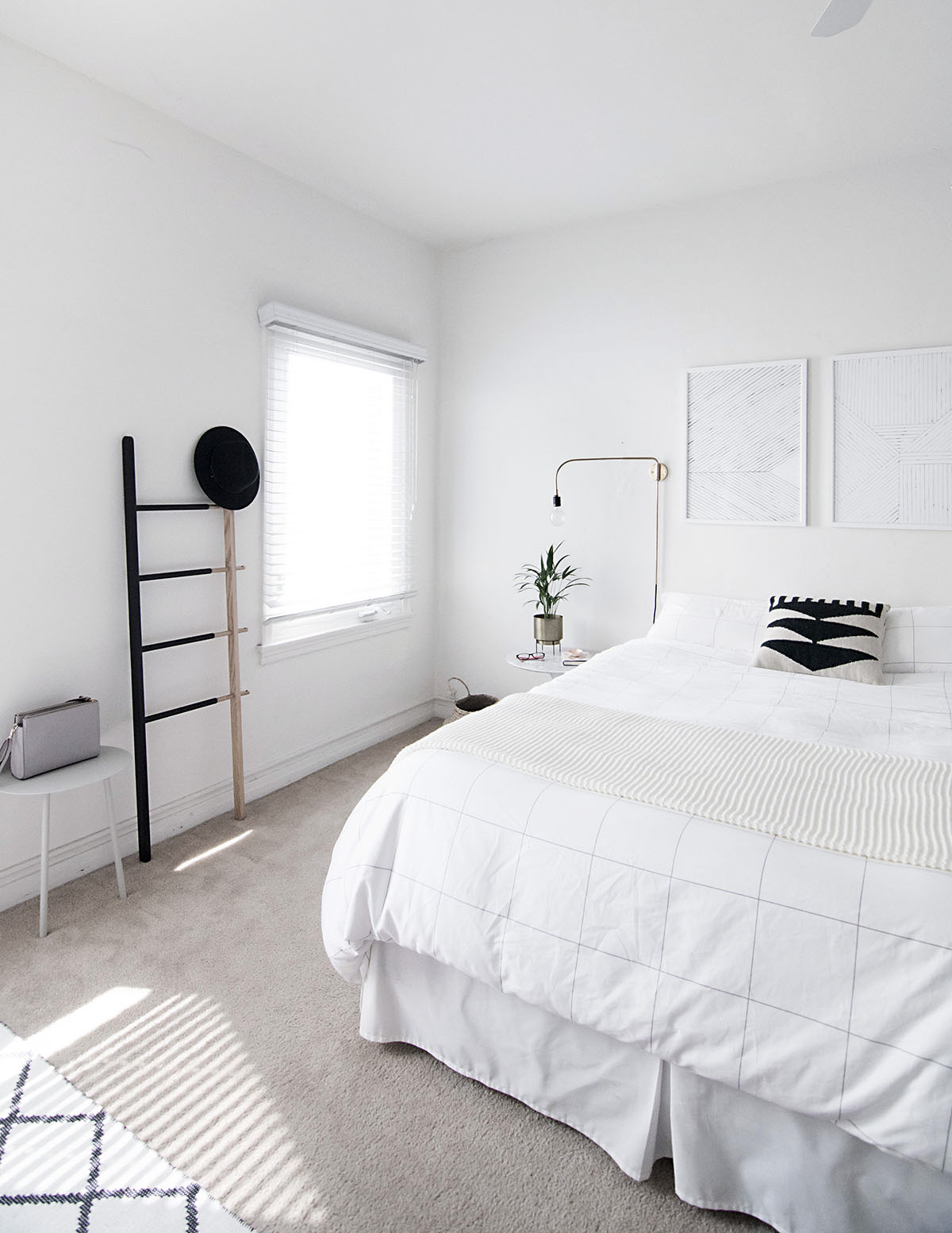 minimal scandinavian bedroom-2