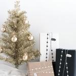 DIY Star Garland Gift Wrap