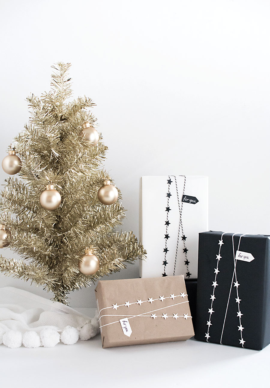 Star Garland Gift Wrap
